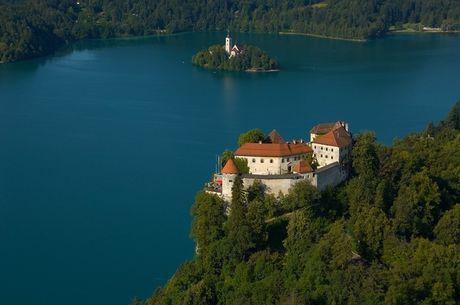 Bled - Toa lau dai co nhat Slovenia - Anh 1