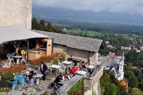 Bled - Toa lau dai co nhat Slovenia - Anh 6