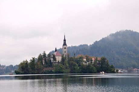 Bled - Toa lau dai co nhat Slovenia - Anh 7
