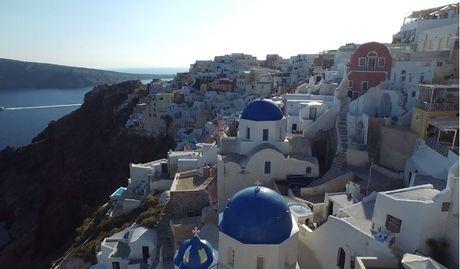 Lang nguoi truoc ve dep tuyet my cua Santorini - Anh 1