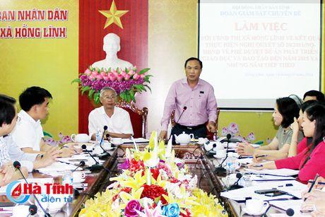 TX Hong Linh: 100% truong tieu hoc day 2 buoi/ngay khong thu tien phu huynh - Anh 1
