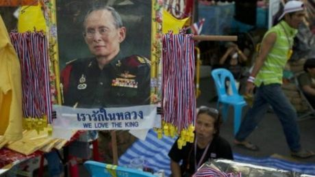 "Suc khoe Vua Thai Lan Bhumibol Adulyadej ""khong on dinh""? - Anh 1"