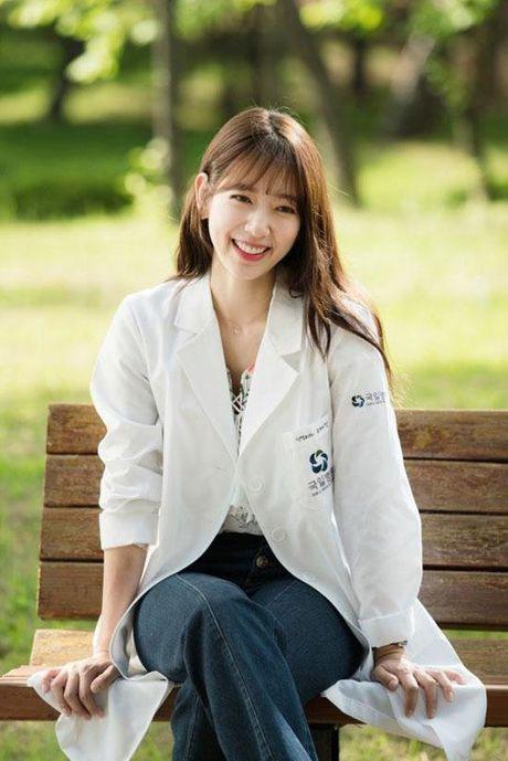 Nang kieu Park Shin Hye dep 'nin tho' trong bo anh moi - Anh 3