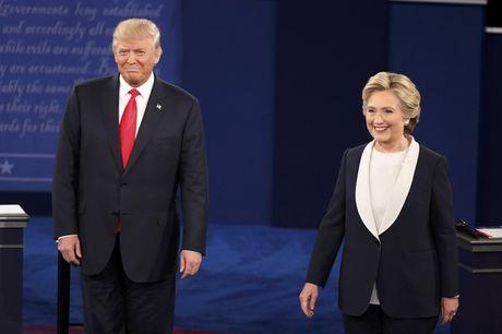 Clinton tiep tuc thang ap dao Trump trong man so gang lan 2 - Anh 1