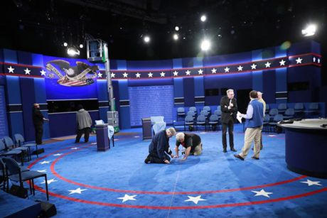 Trump - Clinton chuan bi tranh luan truc tiep lan hai - Anh 3
