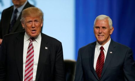 Ong Trump muon hop tac voi Nga o Syria, bat dong voi 'pho tuong' Pence - Anh 1