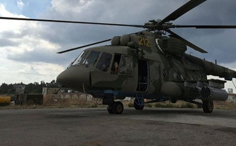 Truc thang Nga tai Syria suyt bi ten lua ban trung - Anh 1