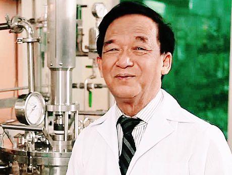 Giao su Nguyen Lan Dung muon bien cay hoang dai thanh rau sach dac san - Anh 1