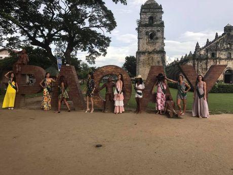 Miss Earth: Nam Em bikini goi cam tren bao Philippines - Anh 4