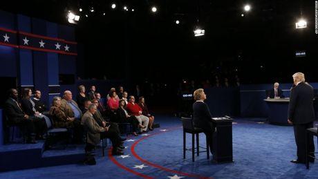 Toan canh cuoc tranh luan kich tinh giua Donald Trump - Hillary Clinton - Anh 17