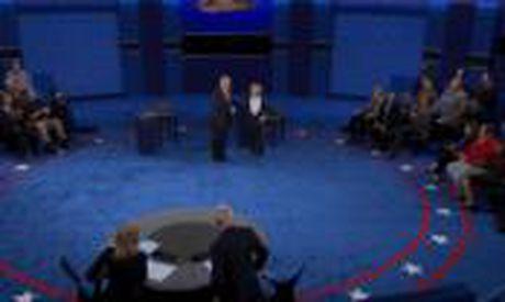 Toan canh cuoc tranh luan kich tinh giua Donald Trump - Hillary Clinton - Anh 2