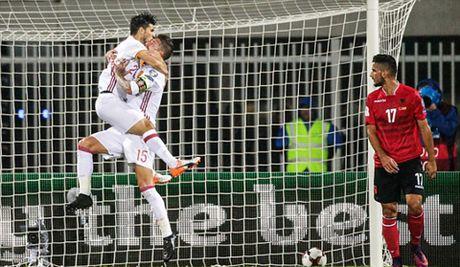 Albania 0-2 Tay Ban Nha: Cap doi Premier League toa sang, Tay Ban Nha len dinh - Anh 2