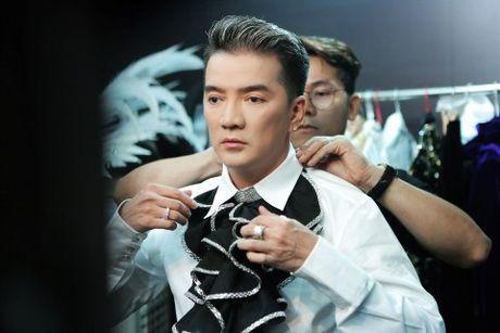 Mr Dam 'giang' quang cao 'Diamond Show' khap Ha Noi - Anh 2