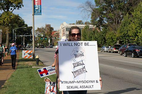 Cuoc tranh luan Trump-Clinton lan 2: Gay gat va kho luong? - Anh 2