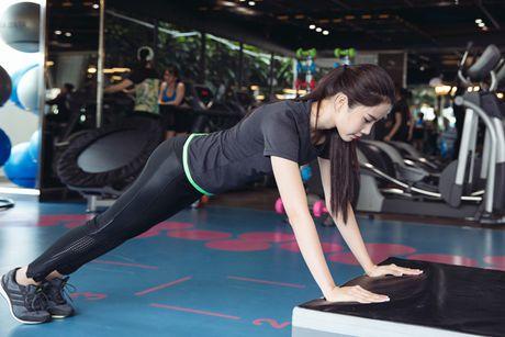 Bo anh bikini goi cam cua Nam Em tai cuoc thi Hoa hau Trai dat 2016 - Anh 13