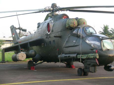 Them mot nuoc DNA theo Viet Nam mua truc thang Mi-17 - Anh 7
