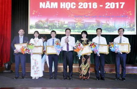 Dai hoc Quang Nam don 1.200 tan hoc sinh, sinh vien - Anh 1