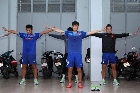 Mua Sai Gon 'lam phien' tuyen Viet Nam - Anh 4