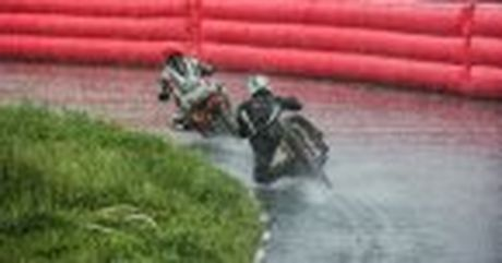 Honda WINNER 150 duoc mang vao duong dua, cung kha an tuong - Anh 21