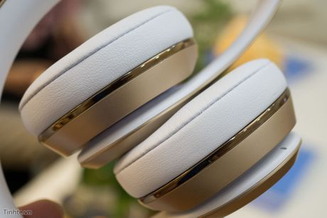 Tren tay Beats Solo3 Wireless: dep, chip Apple W1, pin cho 40 tieng nghe nhac - Anh 13