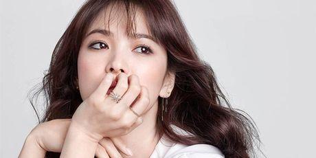 Tung tin Song Hye Kyo lam gai bao, bi phat 3 trieu Won - Anh 3