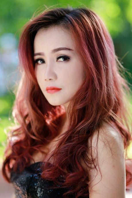 Dien vien Hoang Yen: 'Lo' 3 lan do va hanh phuc ben 'phi cong tre' - Anh 1