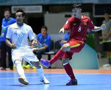 SAO futsal Viet Nam ghi sieu pham dep thu 2 World Cup - Anh 1