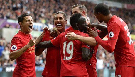 "Liverpool - MU: ""Bom tan"" Pogba xit hay no - Anh 2"