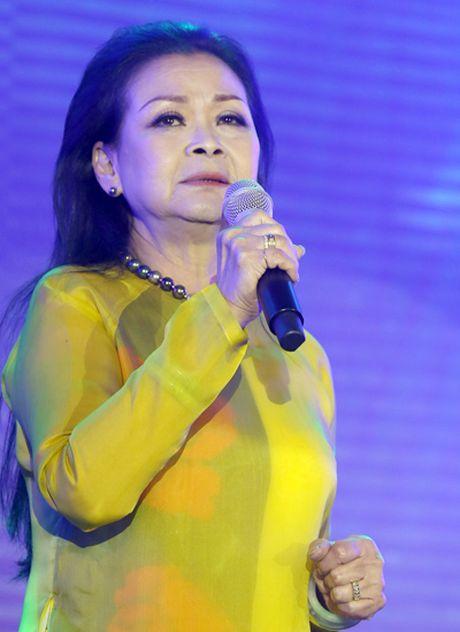 Khanh Ly: 'Toi chua bao gio khoc truoc Trinh Cong Son' - Anh 1
