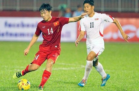 HLV Huu Thang: 'Vang Tuan Anh, Xuan Truong da co nguoi thay the' - Anh 1