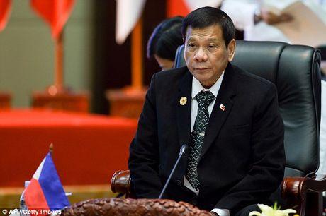 Tong thong Philippines se ap lenh cam hut thuoc la tren toan quoc - Anh 1