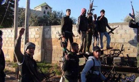 Nhom khung bo Jund al-Aqsa 'tro co' chinh thuc gia nhap chi nhanh al-Qaeda Syria - Anh 1