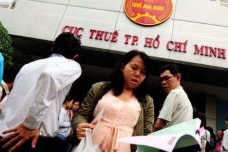 Hang ngan doanh nghiep, ca nhan tron thue tai TP.HCM - Anh 1