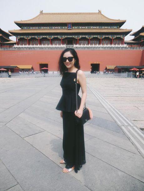 Ao peplum: Bi quyet ton dang cua sao Viet - Anh 1