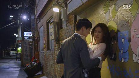 Phim Han co nguy co bi phat vi canh hon bao luc - Anh 2