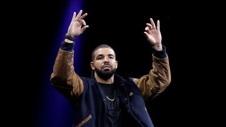 Drake 'vuot mat' vua nhac pop Michael Jackson - Anh 1