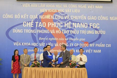 Lan dau tien cac nha khoa hoc Viet Nam che tao thanh cong san pham dieu tri ung thu - Anh 1