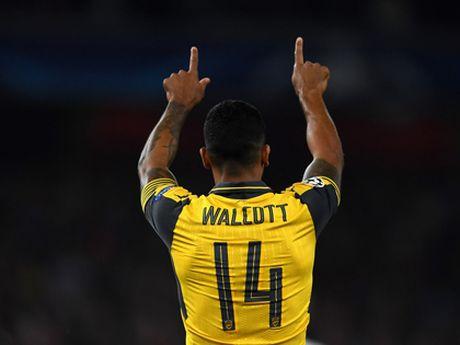 Mua nay, Theo Walcott se tro thanh ngoi sao dich thuc - Anh 1