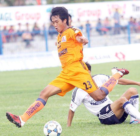 SHB Da Nang bo giai U21 vi thieu nguoi - Anh 1