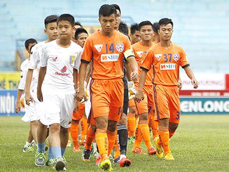 SHB Da Nang bo giai U21 vi thieu nguoi - Anh 2
