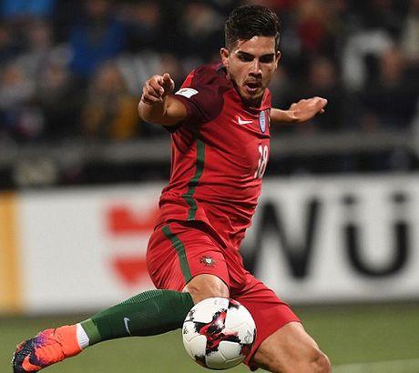 Andre Silva: Nguoi lam 'lu mo' Ronaldo trong chien thang dao Faroe la ai? - Anh 3