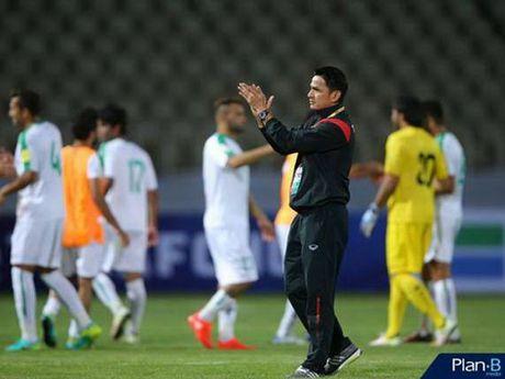 HLV Kiatisuk thua nhan Thai Lan bat luc o vong loai World Cup 2018 - Anh 1