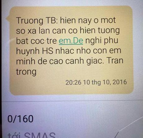 Hung Yen: Dan hoang mang vi tin nhan canh bao bat coc tre em? - Anh 1