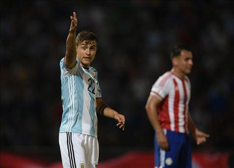 Sergio Aguero da hong phat den, Argentina thua soc Paraguay tren san nha - Anh 2