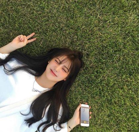 Hot girl ma lum xinh nhu bup be khuay dao mang Instagram - Anh 1