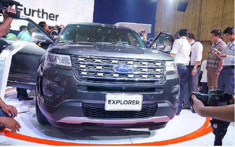 Ford Explorer 2017 ve Viet Nam, gia gan 2,2 ty - Anh 2