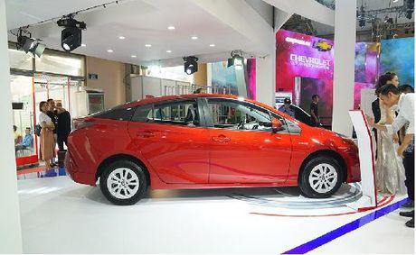 Toyota Prius tieu thu 2,5 lit xang/100 km sap ban tai Viet Nam - Anh 2