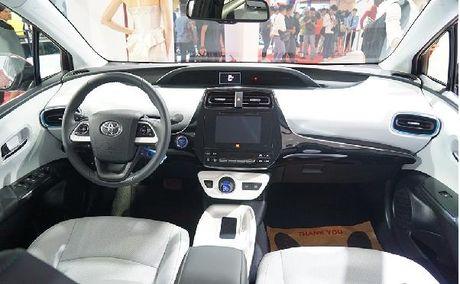 Toyota Prius tieu thu 2,5 lit xang/100 km sap ban tai Viet Nam - Anh 3