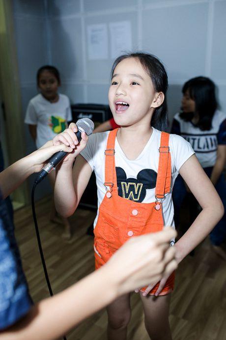 """Top 6 Giong hat Viet Nhi 2016 chia se dang yeu bat ngo ve """"doi thu"""" - Anh 4"""