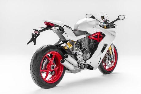 Ducati ra mat Supersport menh danh 'Ong vua' duong pho - Anh 3